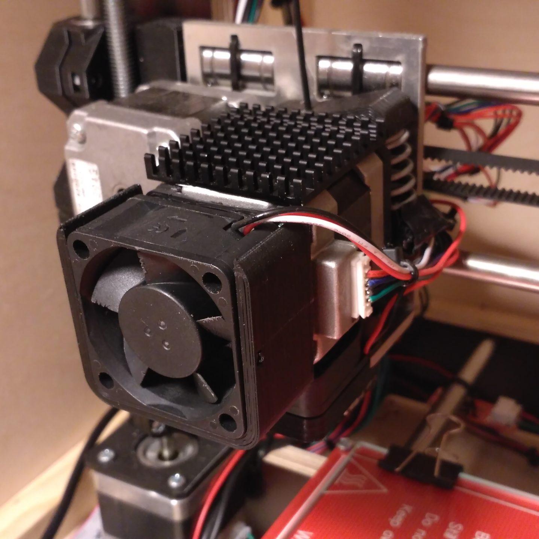 Mocowanie wentylatora 40x40mm do silnika krokowego